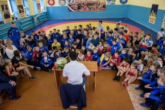 Встреча Романа Власова с воспитанниками школы греко-римской борьбы клуба