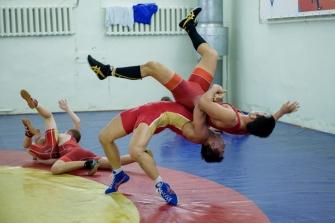 В Новосибирск на сборы приехал кандидат в олимпийскую команду Японии по греко-римской борьбе, чемпион Азии 2017 года в весе до 71 килограмма Такеши Изуми